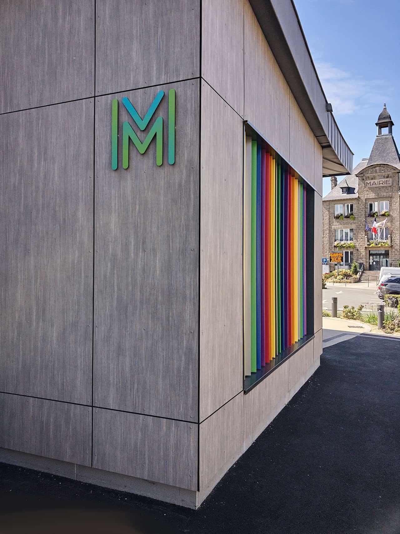Médiathèque Saint-Méloir des Ondes  - M