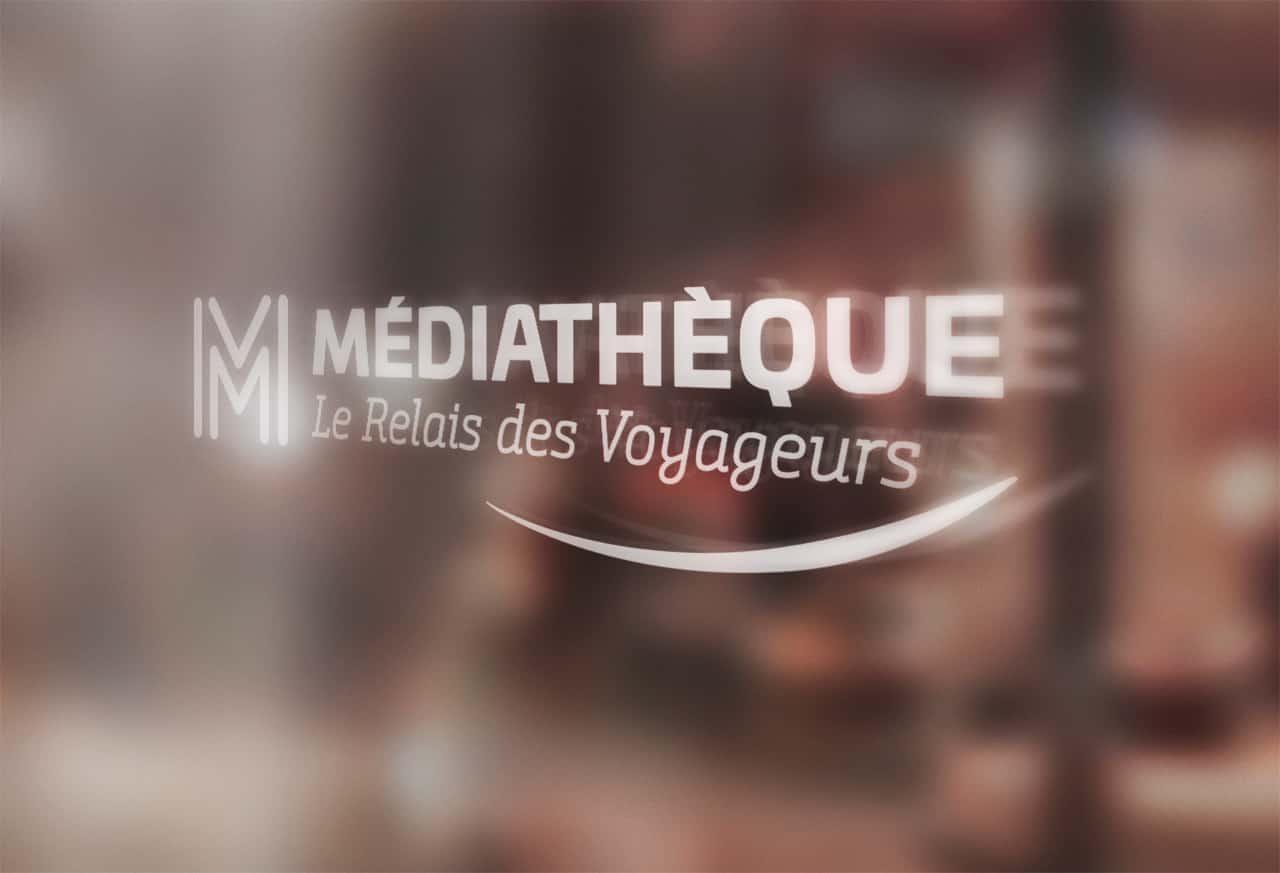 Médiathèque Saint-Méloir des Ondes  - Vitrophanie